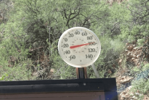 It can be hot in the canyon !