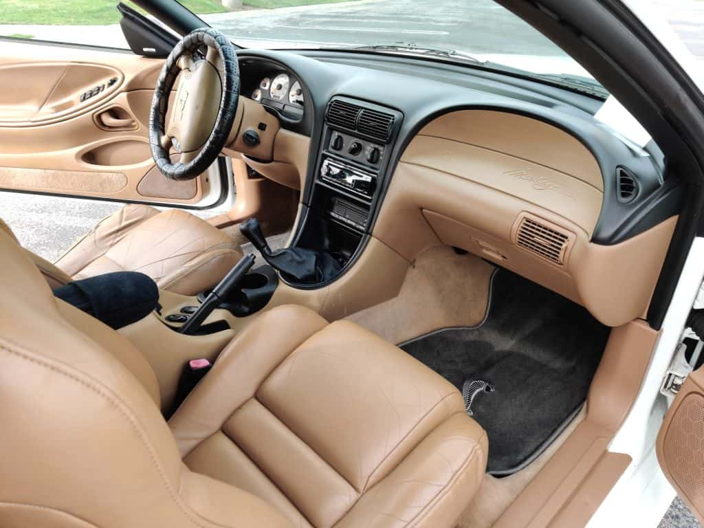 Inside Mustang